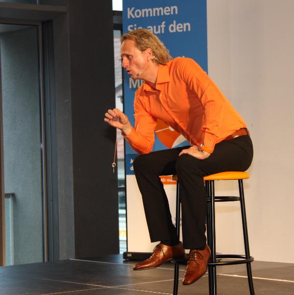 Thomas Baschab, exklusive Mitgliederveranstaltung Volksbank Nordschwarzwald